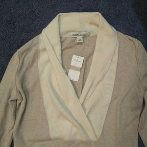 Lovely cashmere banana republic sweater